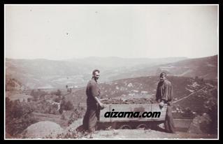 Mineroak ikatza ateratzen.1930. (Argazkia familia Navas)
