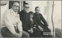 Zz-Santiago  Carrero,  apaiz artean .eta bere aita  San Pelayo ermitan. argazkian .(1945.) Ermita de San Pelayo 1945. Mi padre, D. Ignacio,  yo y D. Francisco Ezkurdia