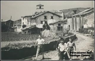 Zz-Santiago Carrero Aizarnan lagunekin-1946