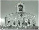 Zestoako San Jose eskolako ikasleak Santa Engraziara egindako ibilaldi batean. Argazkia 1963 ingurukoa da  ( 6 )