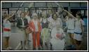 Bilbaon eta  La Esperanza pilotalekuan omenaldia jaso dute profesionaletan jokatu zuten emakumezko erraketistak.Hauen artean Txikita de Aizarna ere omendu zuten. Argazkia ez da oso ona baina besterik ezean honek ere balio du. (Argazkia Diario Vasco egunkariatik kopiatuta)