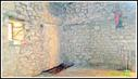 Erlojuaren txokoa bota eta orain hutsa ikusten da  Santa Engrazia  ermitaren sabela.